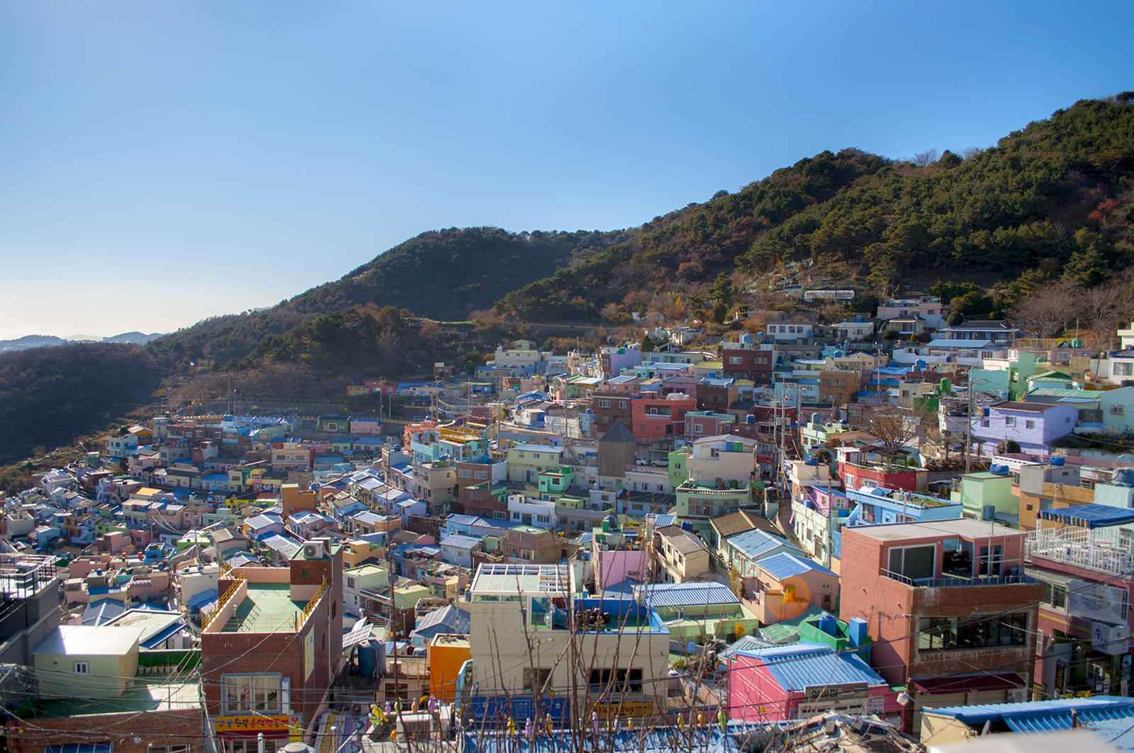 Busan trip: Gamcheon Culture Village, Songdo Skywalk and a Christmas Festival!