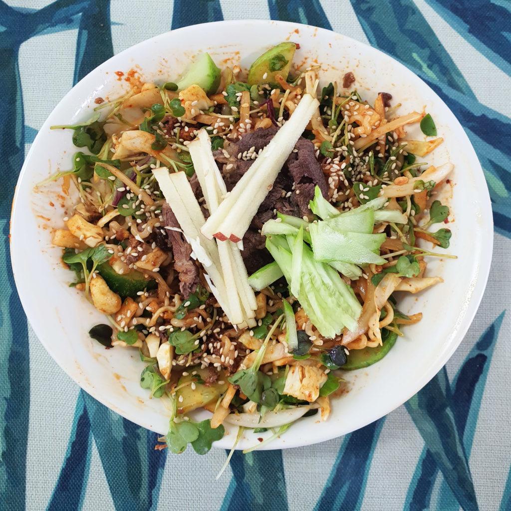 Spicy Korean salad finish